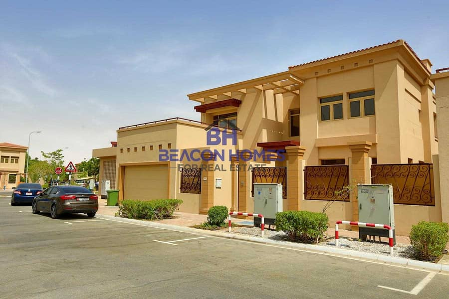 2 ?Homely 5BHK Villa w/ Private Pool | Joint family?