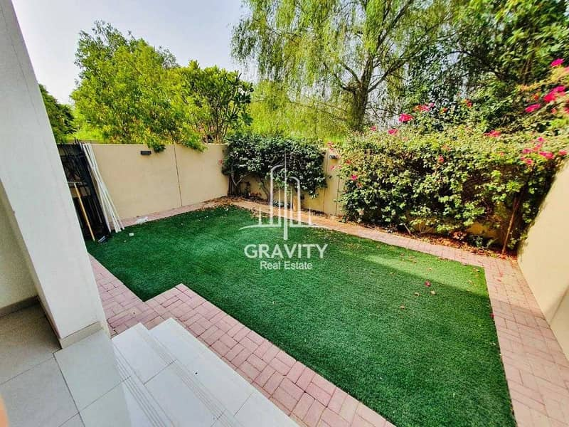 20 HOTTEST DEAL!! Own This Spectacular Townhouse