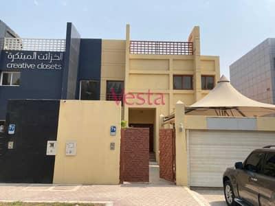 فيلا تجارية 5 غرف نوم للايجار في المشرف، أبوظبي - Great location on Al Khaleej Alarabi street
