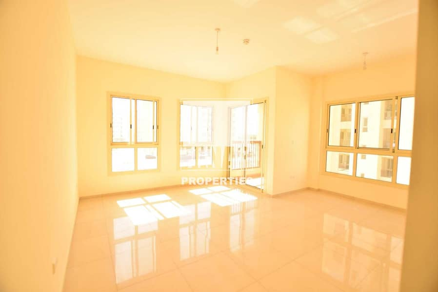 2 Hot Price | Huge 3BR Apt with Maids and Store Rm.