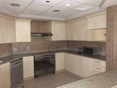 Lowest Rent Three Bedroom Plus Maid in Palm Jumeirah