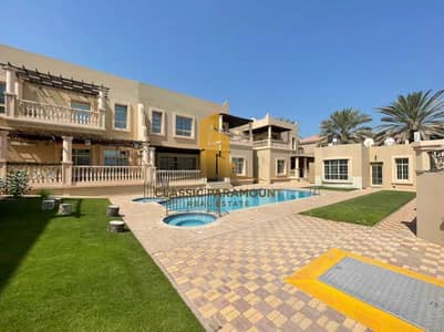 5 Bedroom Villa Compound for Rent in Jumeirah, Dubai - Immaculate Condition | Prime Location | 5 Bed Villa