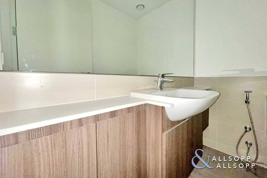11 Brand New   Three Bedrooms   Chiller Free