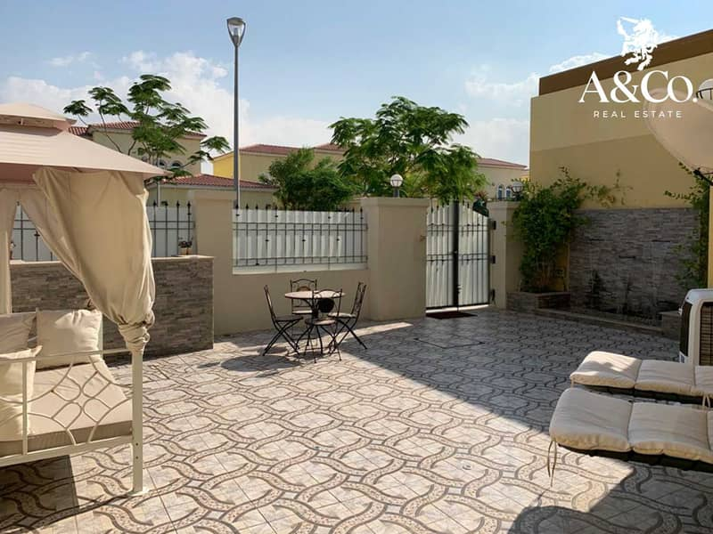 Maintained Garden   Pool   3 Beds + Maid