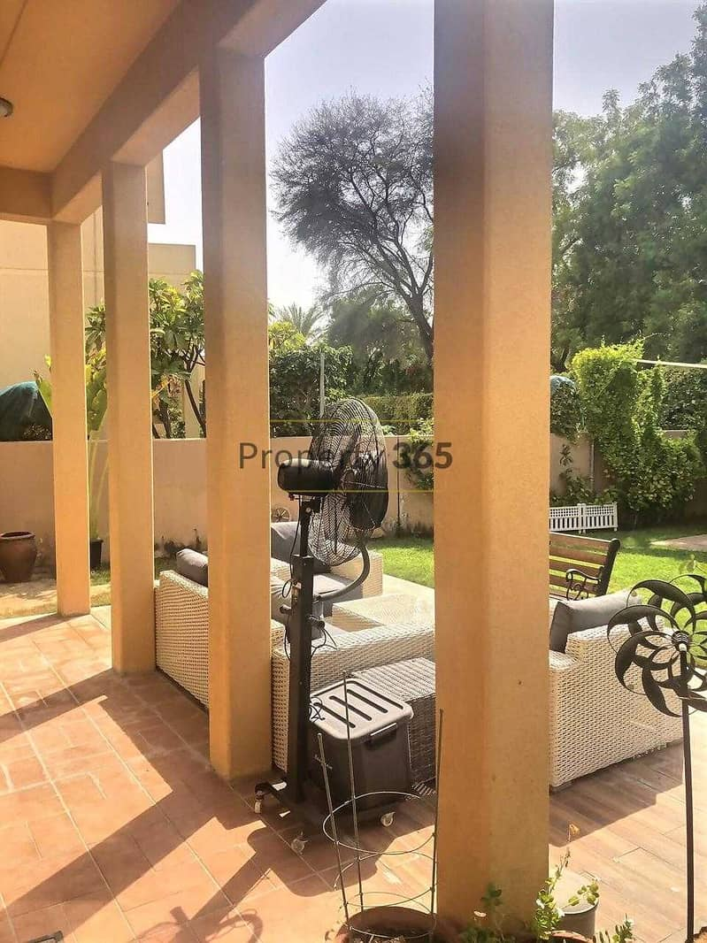 Close to Pool / 3 Bedrooms with separate Maid`s / Arabian Ranches 1