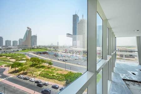 مکتب  للايجار في شارع الشيخ زايد، دبي - NO Service Charges | Semi Fitted | Low Floor