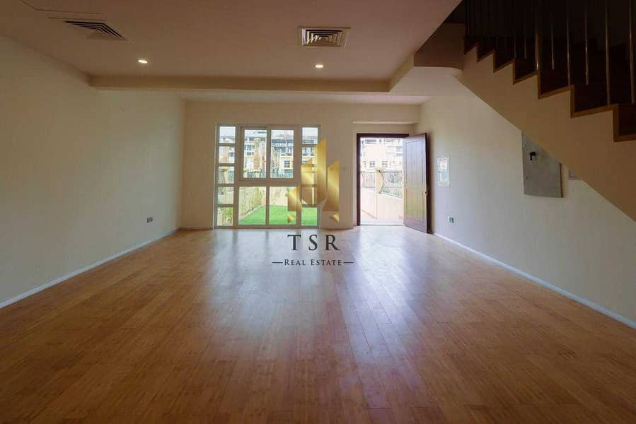 2 Well Maintained   Spacious Villa   Private Garden