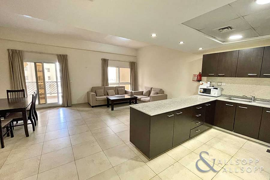 2 Two Bedrooms   Exclusive   1009 Sq. Ft.