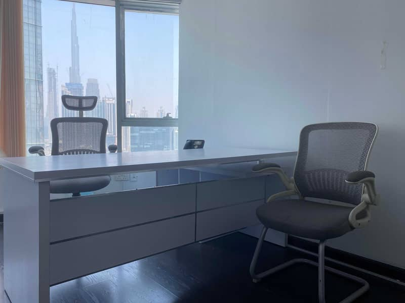 FULLY FURNISHED AND SERVICED OFFICES FOR RENT