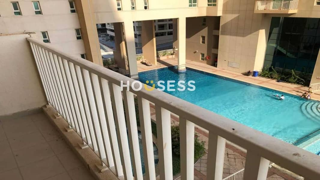 2 BRIGHT 1 BR | POOL VIEW | VACANT