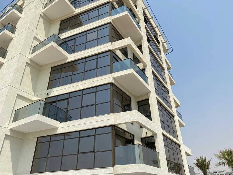 for sale an new building in warsan 4
