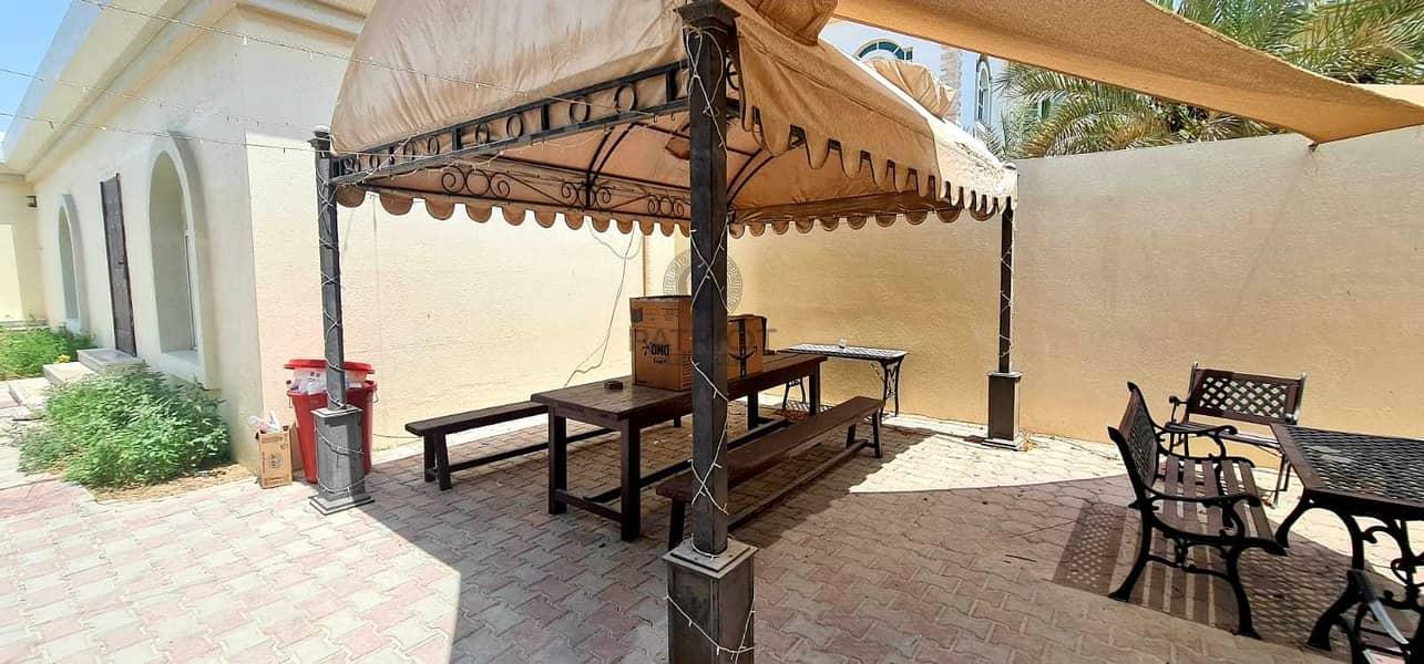 16 Marvelous Big  House In Prime Location Of Umm Al Sheif
