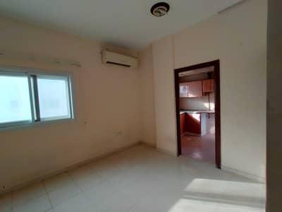 فلیٹ 1 غرفة نوم للايجار في النباعة، الشارقة - العرض الذهبي 1Bhk للعائلة والبكالوريوس التنفيذي في منطقة النبا فقط 14k كلم M. Hanif