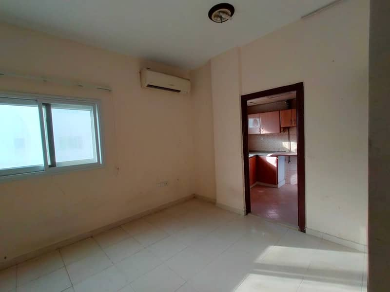 Golden offer 1Bhk for family and executive bachelor in Al Nabba area only 14k call M. Hanif