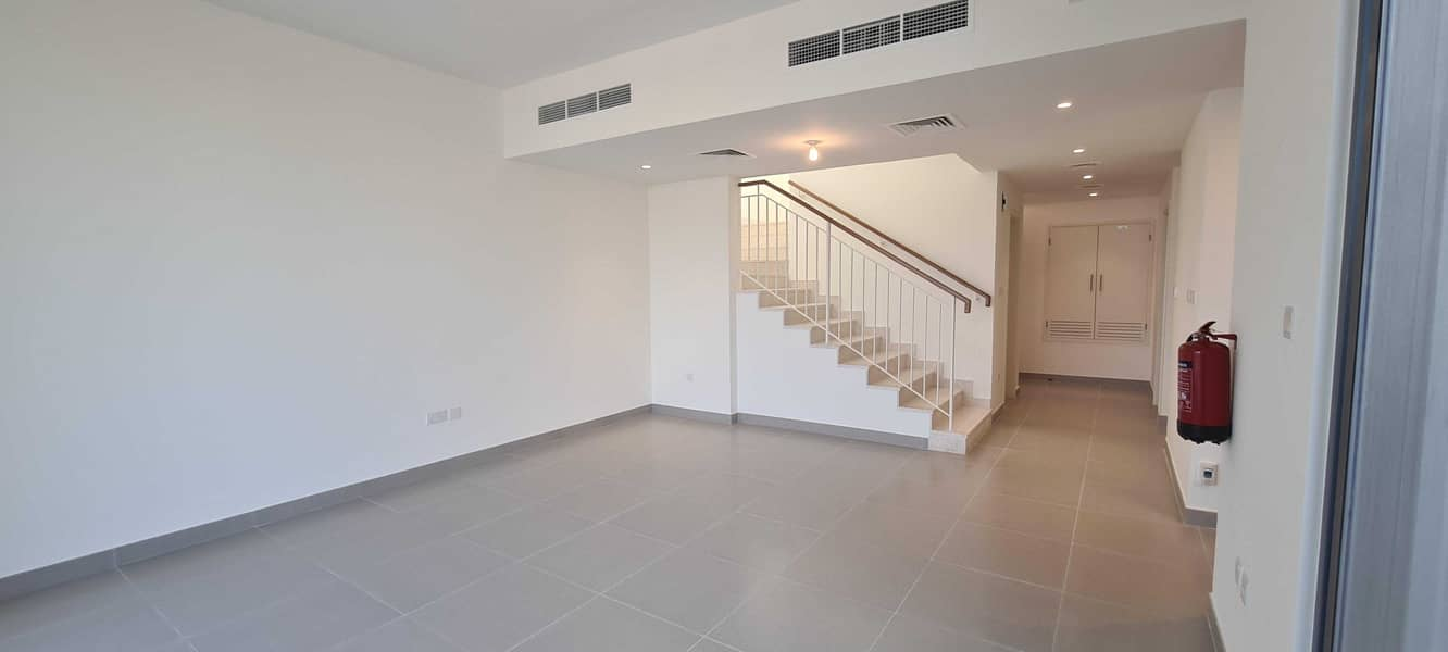 Exclusive|Single Row|Rented|3 B/r + Maid|Type 2M|
