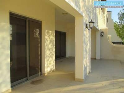 4 Bedroom Townhouse for Sale in Al Hamra Village, Ras Al Khaimah - Desirable Family Home- Near School - Full Golf Course