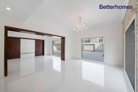 فیلا 4 غرف نوم للايجار في السهول، دبي - Fully Upgraded | Lake View | Available Now