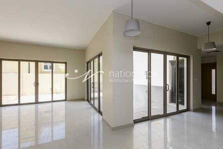 فیلا 4 غرف نوم للبيع في حدائق الراحة، أبوظبي - Magnificent Villa Suitable For A Big Family