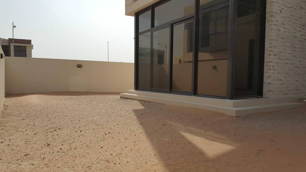 12 Corner THD|Vacant on Transfer|5 Bed+Maid