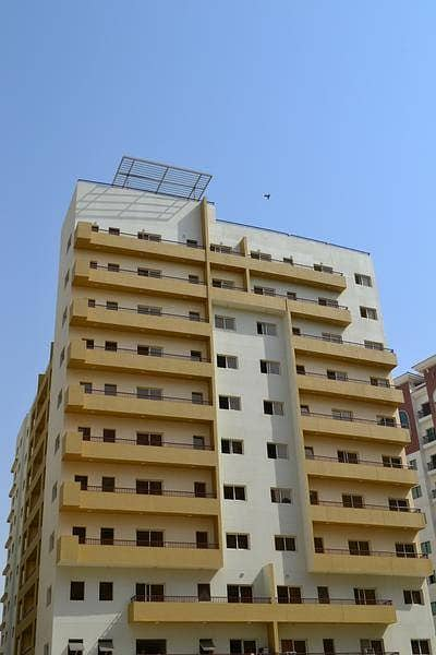 Amazing,1 BEDROOM IN CBD FULLY FACILITY (AED 50,000/12Chqs