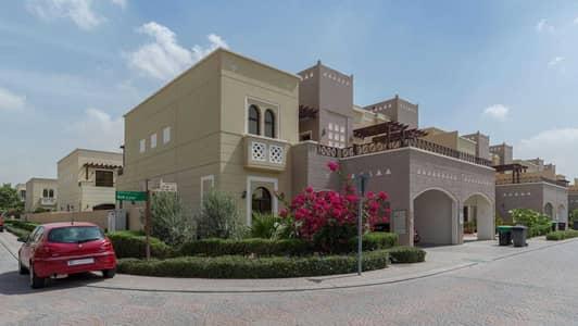 تاون هاوس 4 غرف نوم للبيع في مدن، دبي - Four-Bed Corner Home Vacant on Transfer