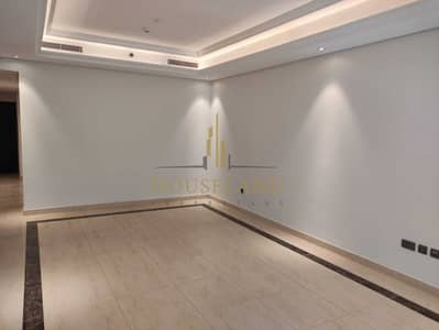 2 Bedroom Flat for Rent in Downtown Dubai, Dubai - GREAT LOCATION   NEAR DUBAI MALL   MAID ROOM