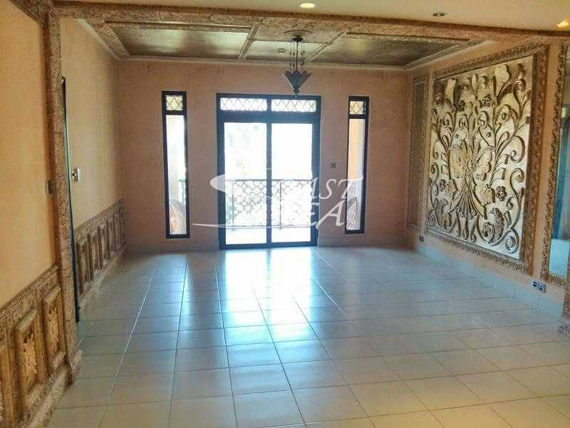 9 For rent specious 3 BR Apartment in Old Town