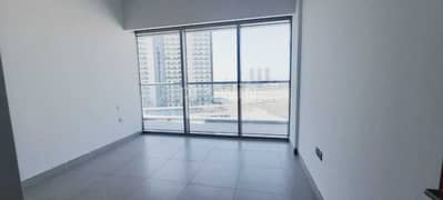 2+MAIDS  OPEN VIEW   READY TO MOVE IN   GREAT LOCATIUON