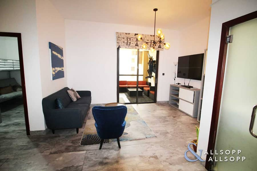 2 Upgraded   Small Terrace   Vacant   2 Bed
