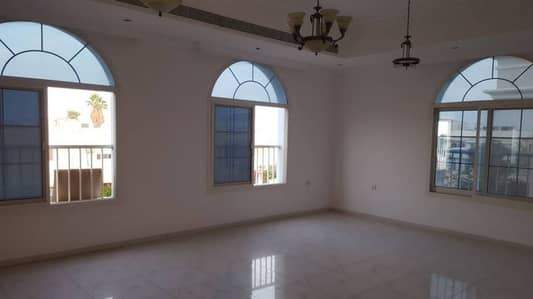 5 Master Bedroom Villa Available for Rent