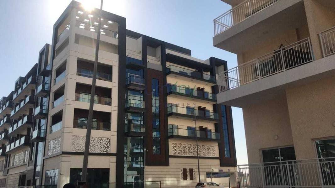 FULL BUILDING AT AL WARSAN PHASE 2 FOR SALE
