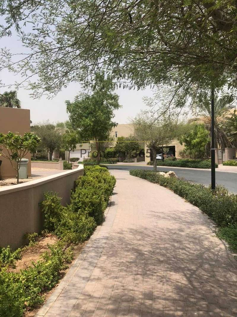 16 Close to Pool / 3 Bedrooms with separate Maid`s / Arabian Ranches 1