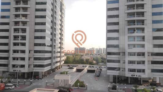 شقة 2 غرفة نوم للايجار في مدينة دبي الرياضية، دبي - Chiller Free | Golf Facing | Huge Apartment