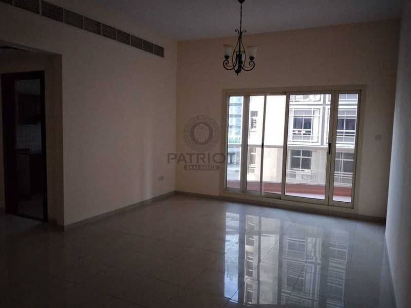 2 Affordable 2 BHK l Well maintained building l 1 Month free