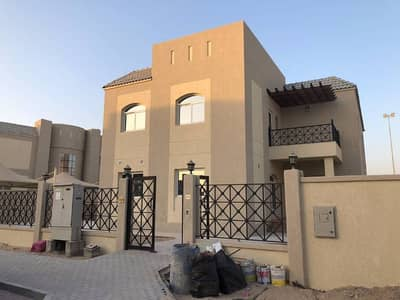 Vacant Brand New B Type Golf Course view 5 Bedroom Villa for sale in Living Legend