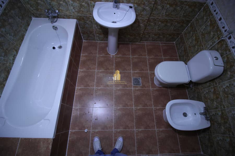 16 GOOD DEAL!   2 BR apartment in a prime location!!