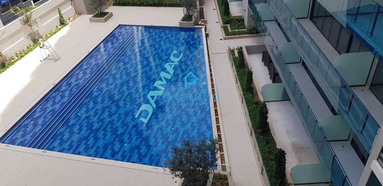14 Mid October I with DEWA I POOL View I Annual