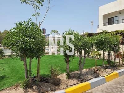 فيلا تجارية 4 غرف نوم للبيع في المشرف، أبوظبي - 4 فلل تجاري - سكني للبيع | زاوية على صف واحد .