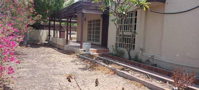 3 Bedroom Villa for Rent in Al Fayha, Sharjah - 3 bedroom hall villa for rent in Al Fayha