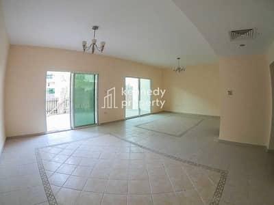 تاون هاوس 2 غرفة نوم للبيع في مدينة بوابة أبوظبي (اوفيسرز سيتي)، أبوظبي - Vacant Now | Well Maintained | Maid's Room