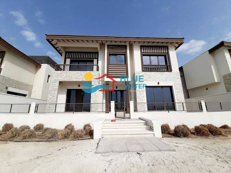 Special offer ! 5 bedroom Villa with Private Beach Access