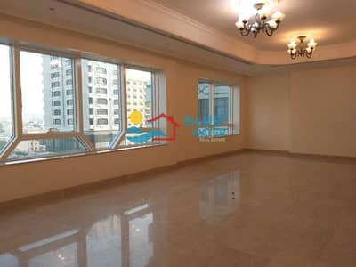 فلیٹ 3 غرف نوم للايجار في الدانة، أبوظبي - NO COMMISSION | Huge size | 3 Bedroom | Maids room | Balcony