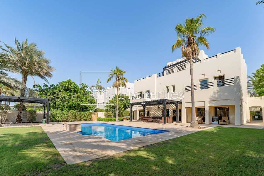 2 Exclusive   Fully upgraded 6BED   Golf course view