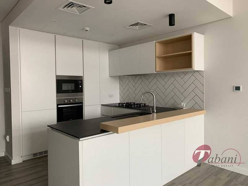 2 Bright Apartment  Best Deal   Rented  Chiller Free