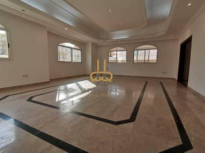 7 Bedroom Villa for Rent in Al Bateen, Abu Dhabi - Spacios Family Living/Guests parkings/ Prime Location/ Best Price