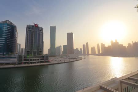Studio for Rent in Business Bay, Dubai - Vacant   Dubai Canal view   Fully Furnished