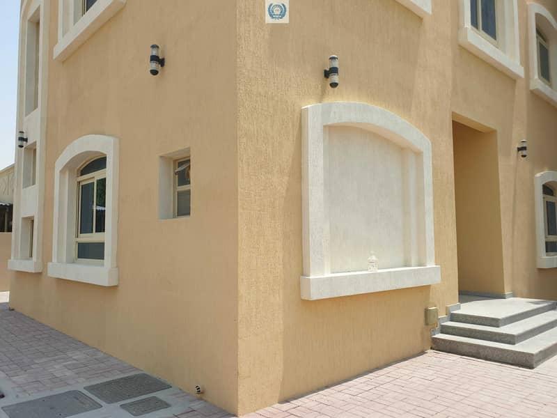 11 ??Gorgeous Brand New 5BHK Duplex Villa Only In 80k