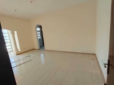 4 Bedroom Villa for Rent in Mohammed Bin Zayed City, Abu Dhabi - CHANCE DEAL 4 BED AND HALL WITH MAJLIS AND SALAH FOR RENT IN MBZ