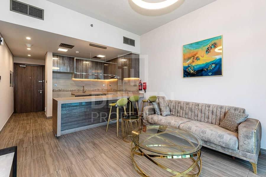 2 Brand New   Premium Location   High Floor