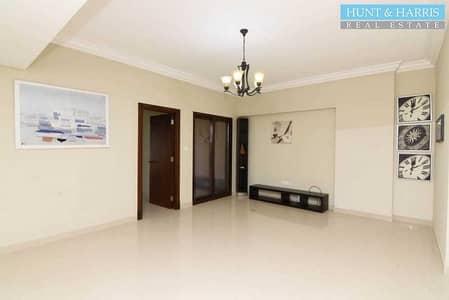 شقة فندقية  للايجار في جزيرة المرجان، رأس الخيمة - Furnished Studio - Al Marjan - Sea Views